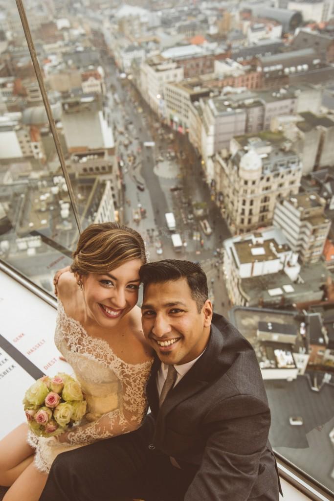 Bruidsfotografie Antwerpen KBC toren fotoshoot kathedraal