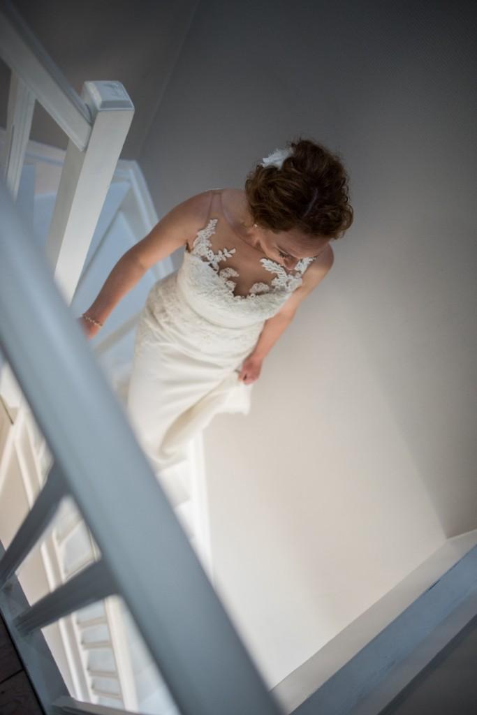 huwelijksfotograaf antwerpen vader bruid gang trappen aankomst