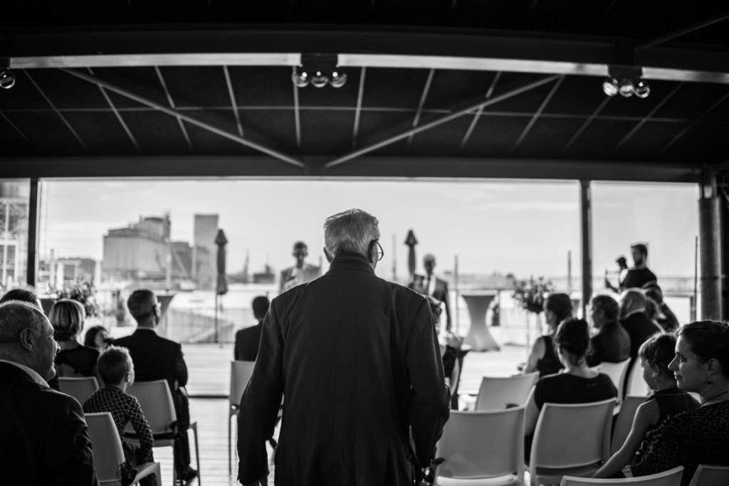 huwelijksfotograaf antwerpen, bruiloft, huwelijkreportage, fotoshoot, zwart wit, opa