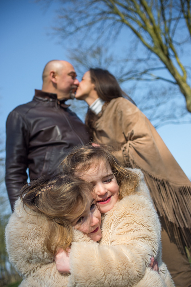 Pre wedding, huwelijk, trouwfotograaf, verloving, fotosessie, mieke renaat, kinderen, familie, gezin