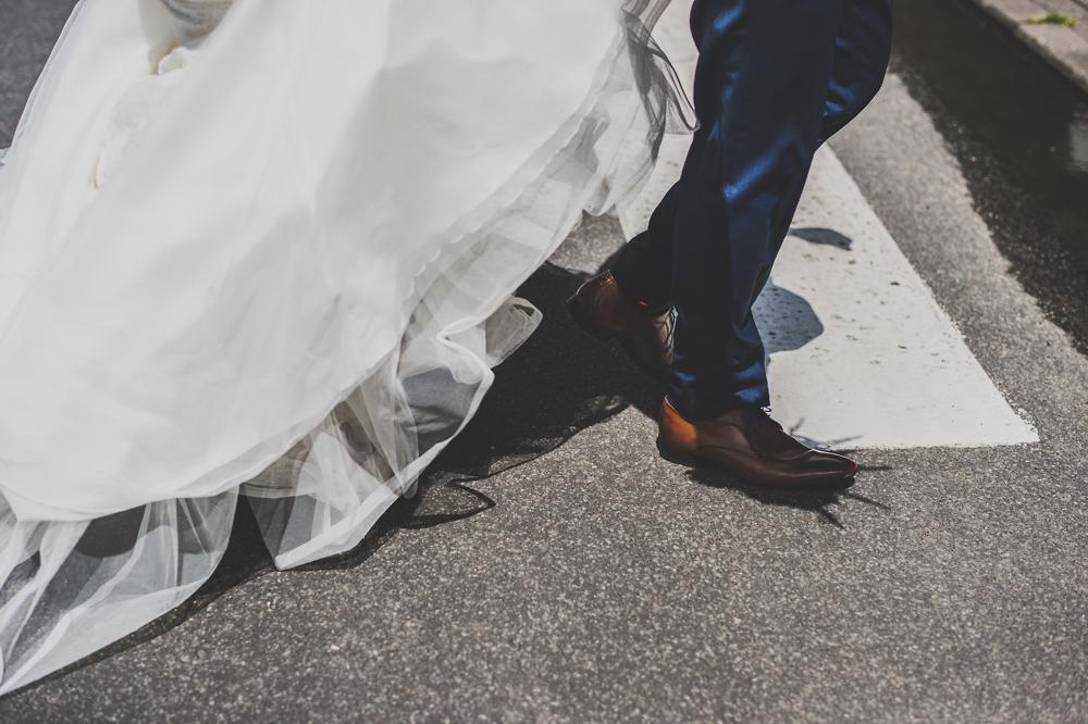 trouwfotograaf, details, bruid, trouwjurk, trouwkleed, zwart wit, gent