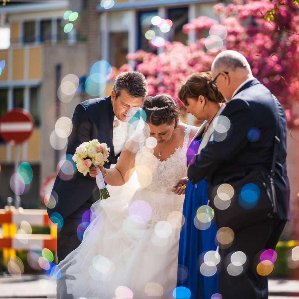 huwelijk, bruiloftfotograaf, trouw, bellen, weerspiegeling, kerk heilige maria zuivering, bruidegom